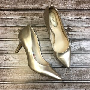 Alfani Step n Flex Gold Pointy Heels Size 9.5